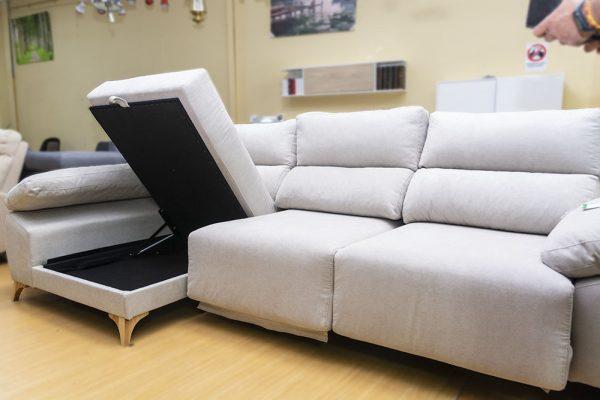 Sofá chaiselonge modelo Alcalá